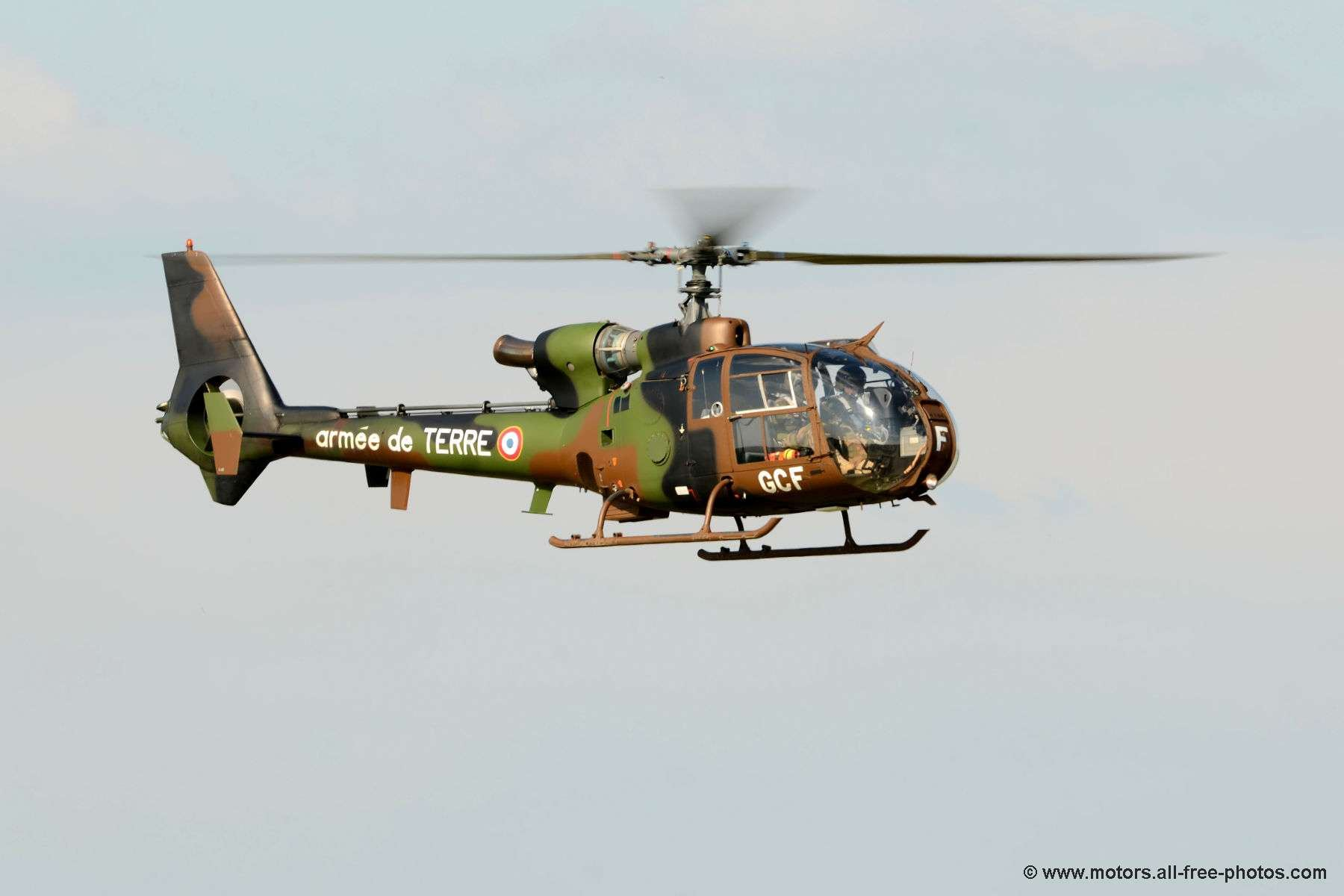 _copie-0_helicoptere-gazelle2
